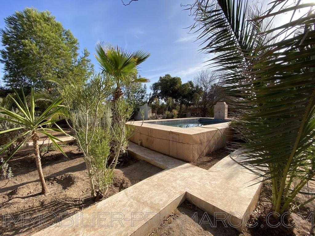 Maison Beldy à 17km d'Essaouira avec une vue vallonnée sur la campagne