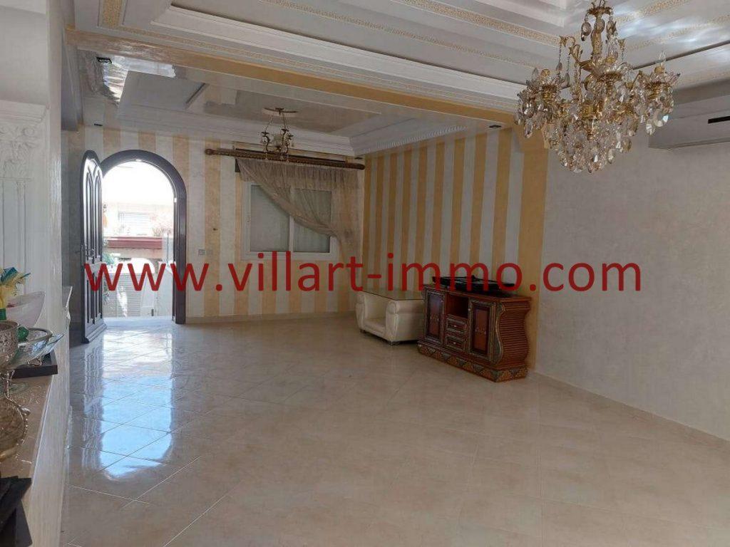 A vendre très belle villa à Tanger, zone achakar